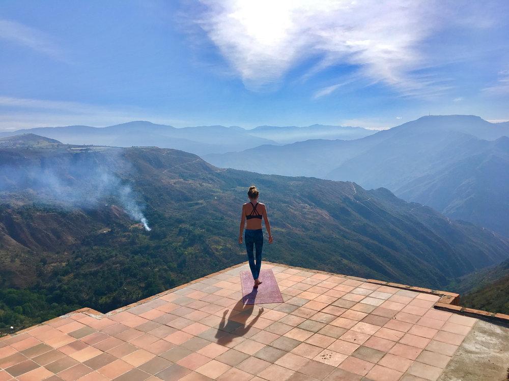 Colombia_santander_yoga_rockclimbing