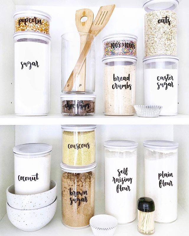 See-through glass containers can be great for storing lots of kitchen items, and look nice inside or outside of a cupboard. How pretty does @jrykerscreative 's pantry look! . . . . . . . #organizekitchengoals #organizedkitchen #organizedjanestoller #kitchengoals #pantrygoals #kitchenorganization #dreampantry #pantryinspo #girlsgotgoals #visualcrush #pantrydreams #labelling #kitchengoals #kitchenideas #kitchentools #kitchenmakeover #kitchenstyle #interiorfashion #interiordetails #interiorideas #declutteryourhome #organizedlife #organizedhome #organizedliving #getorganized #stayorganized #organizedspace #beorganized #loveorganizing #professionalorganizing