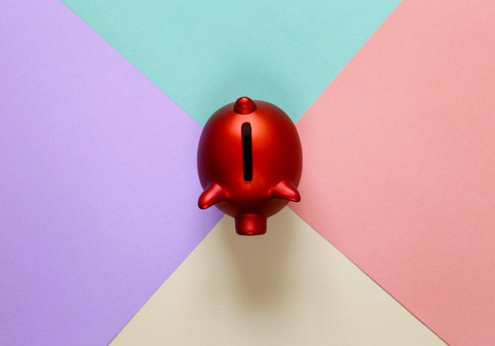red-piggy-bank-P4UQ23Y.jpg