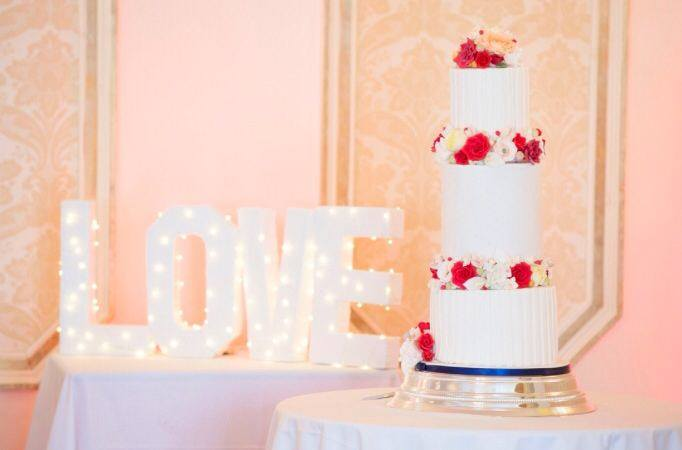 Rosewood Cakes Luxury Wedding Cakes Glasgow Scotland Loch Lomond Ayshire Perthshire Highlands Scottish Borers