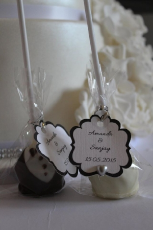 cake pop wedding favours - rosewood cakes luxury wedding cakes glasgow scotland