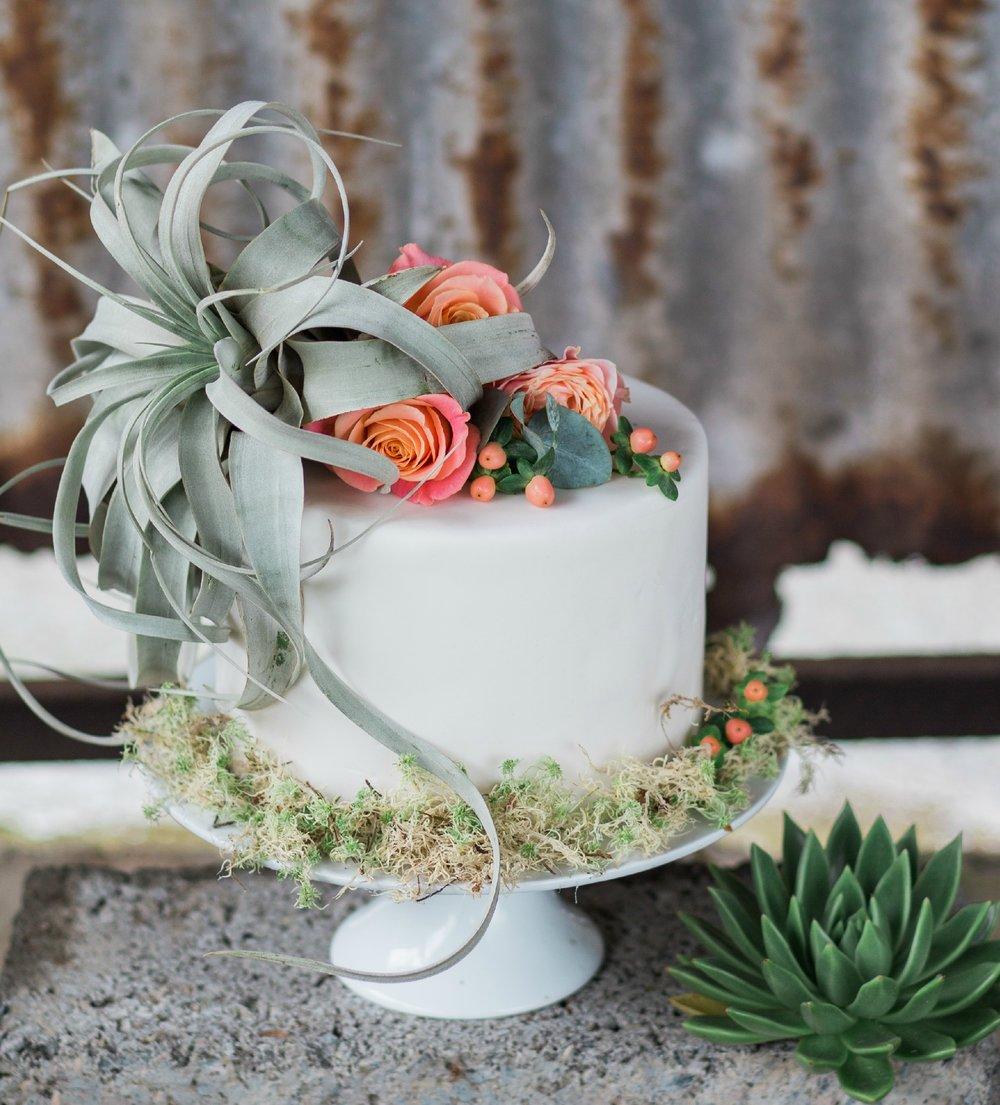 floral menagerie - rosewood cakes - alternative boho elegant wedding cakes