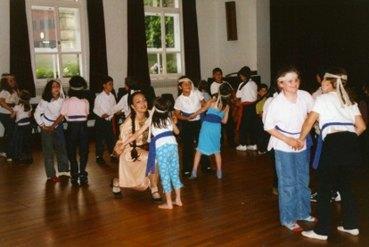 Anahid Workshop: Traditional Armenian folktale enacted through dance, music and storytelling. 2001.