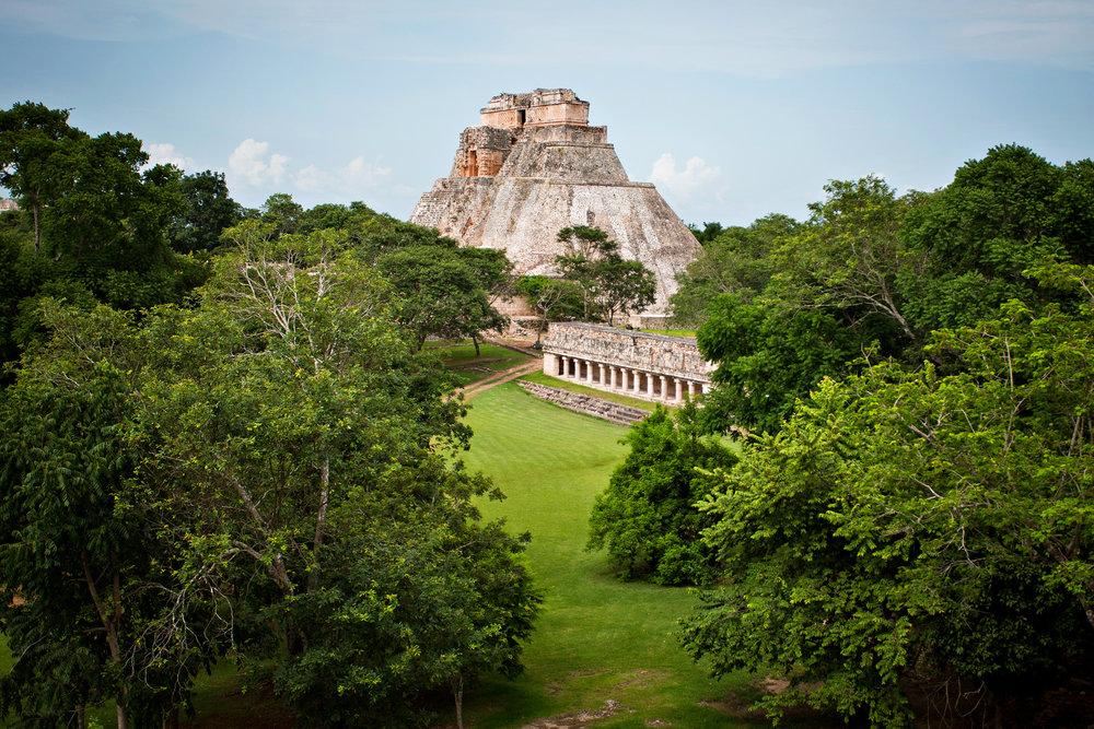 - MEXICO - Experience the perfect blend of culture, history, and gorgeous landscapes. With lush jungles and stunning beaches, Mexico offers that unforgettable travel experience without the need of traveling around the world.