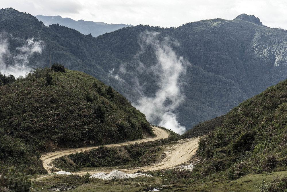 yuanyang_rice_terraces_trail