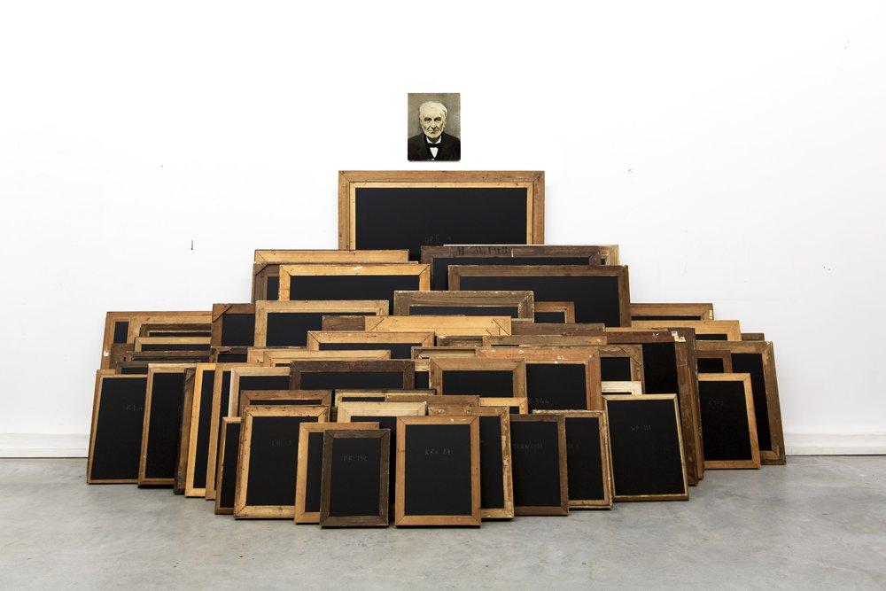 """Raphaël Denis, """"La Loi Normale des erreurs"""", cadres anciens et graphite sur bois, dimensions variables, 2015"""
