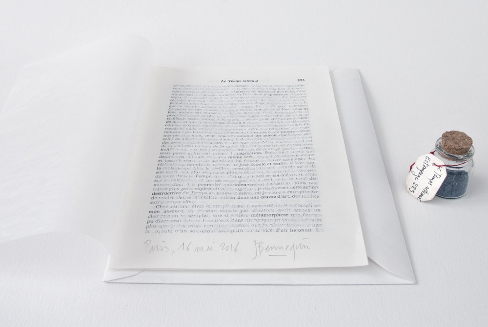 """Jérémie Bennequin, """"Estompage 223, Le Temps retrouvé"""", feuille de La Recherche effacée à la gomme à encre, 20,5 x 14 cm, gommée à Paris le 16.05.16"""