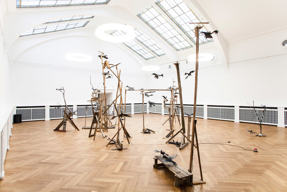 """Augustin Rebetez, Vue d'exposition """"Le Colloque des oiseaux"""", Musée des beaux-arts du Locle - MBAL, 2016."""