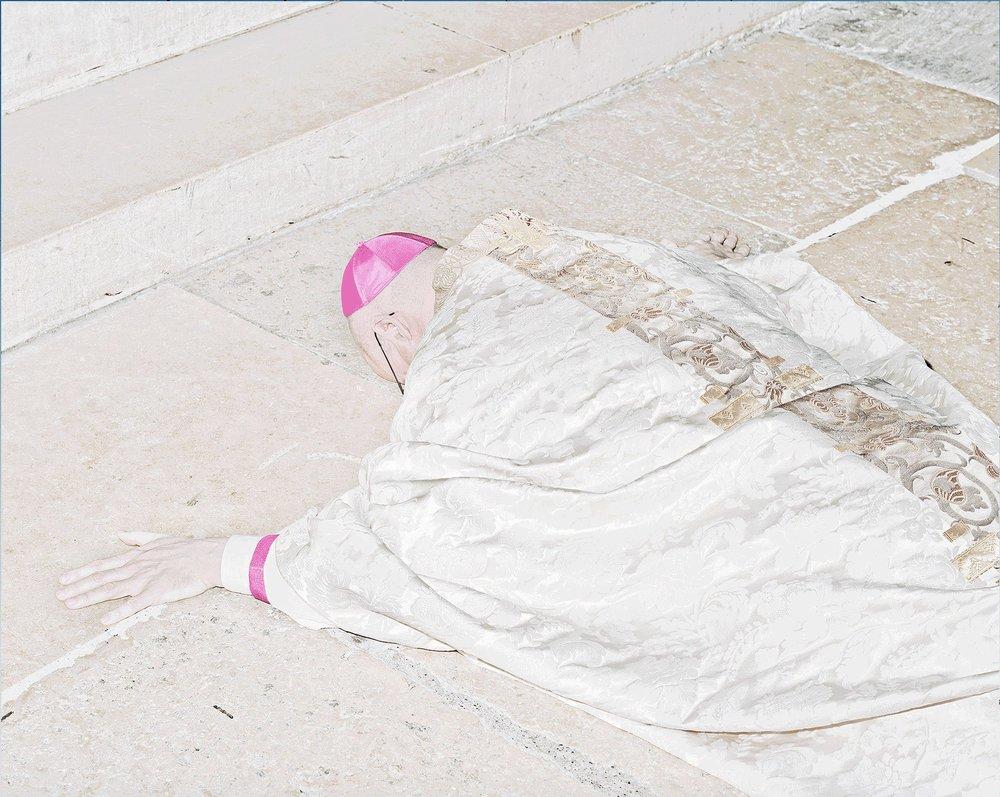 © Matthieu Gafsou, de la série  Sacré , 2011-2012.