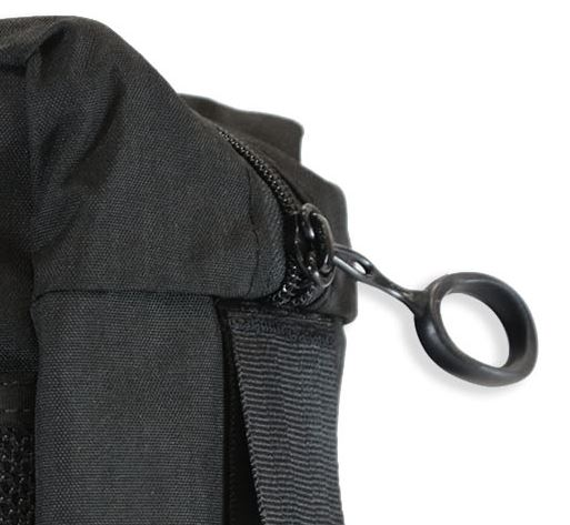 Large loop zippers pulls make the bag easy to unzip, even while wearing gloves.