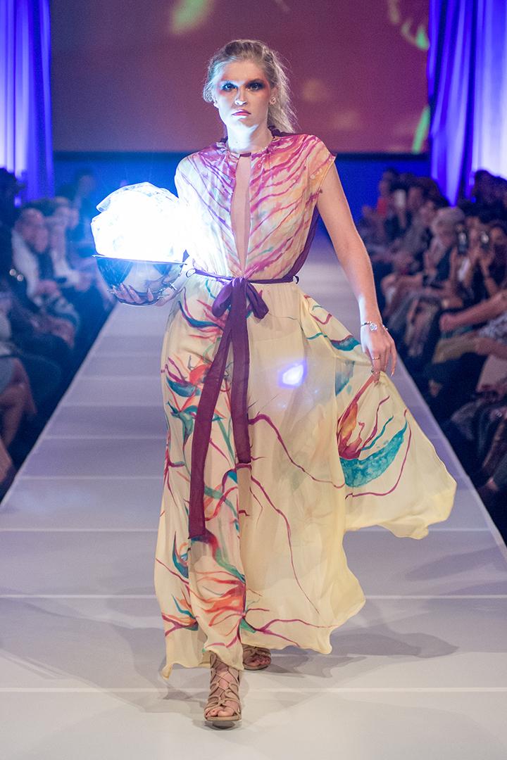 Alicia Janekso Caftans & Resortwear w/ Janesko