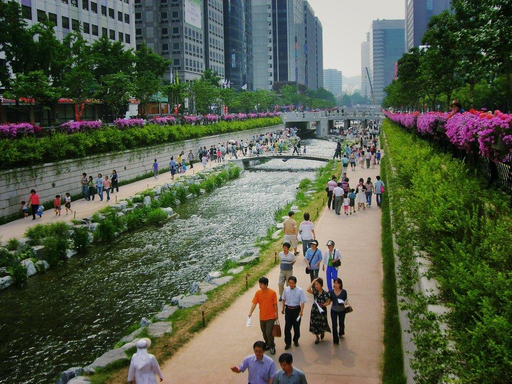 CheonggyecheongSeoul.jpg