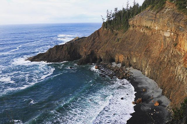 🌊 #oregoncoast #capefalcon #oregon #pnw