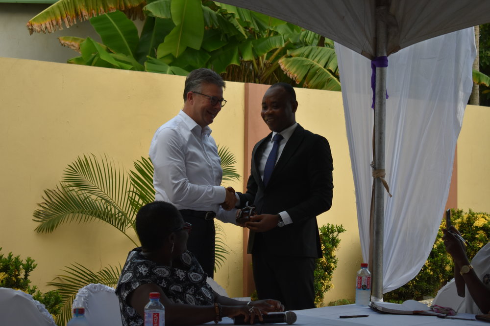 Gift presentation by CRI Executive Director, Bright Appiah
