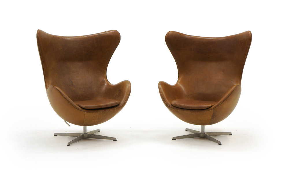 Charmant Pair Of Arne Jacobsen Egg Chairs In Cognac / Tan Leather, Made By Fritz  Hansen. DSC06219 Copy.