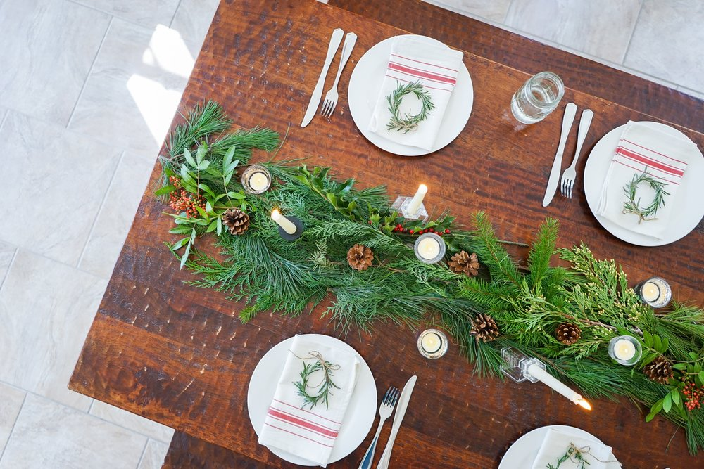 Festive table setting for our Yuletide Brunch