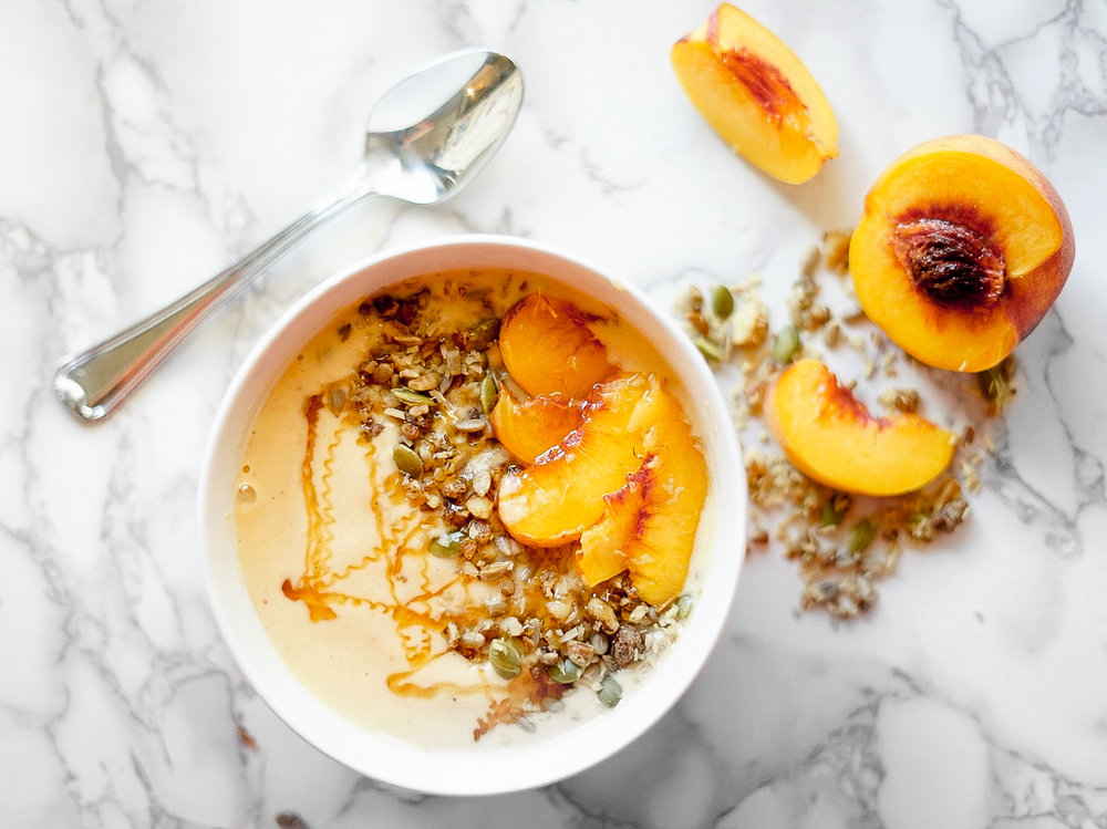 peach_pie_smoothie_bowl-3.jpg
