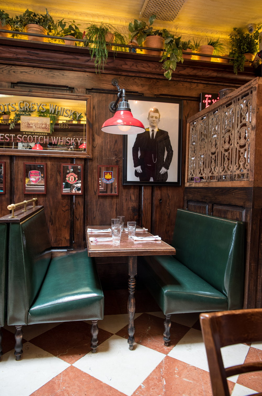 A booth at The Pikey, Los Angeles, CA