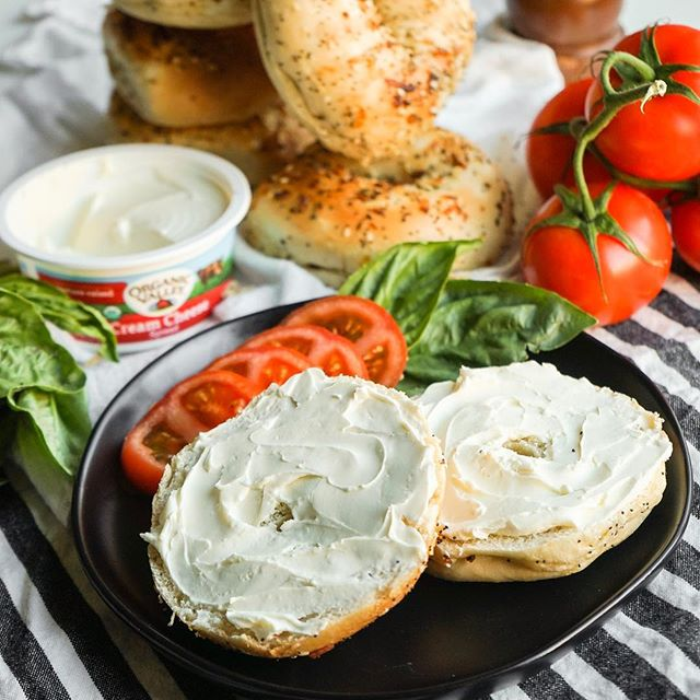 It's a sleepy, lazy, bagel and cream cheese kinda morning! And the best part is that I got these great groceries delivered straight to my door from @milkandeggscom! 🙌🏻 . 🥯 Everything bagel with cream cheese and topped with fresh basil leaves and sliced tomatoes. Sprinkle with salt and pepper and a drizzle of balsamic glaze if you're fancy! 🍅 . . . #milkandeggscom #milkandeggs @milkandeggscom #sponsored #breakfast #brunch #bagels #bagel #bread #carbs #creamcheese #everythingbagel #tomatoes #organicvalley #yummy #food52 #foodphotography #f52grams #feedfeed #foodtographyschool #brunchographerscook