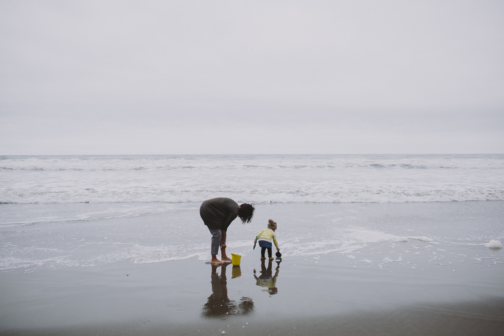 Stinson Beach Family Documentary Rachelle Derouin Photography-41.jpg