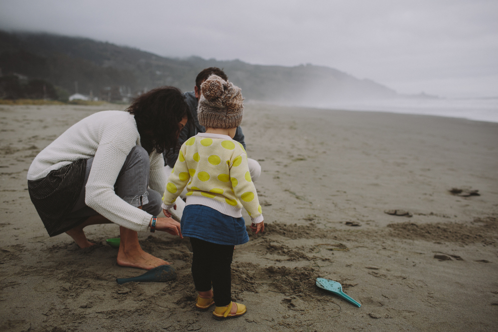 Stinson Beach Family Documentary Rachelle Derouin Photography-44.jpg