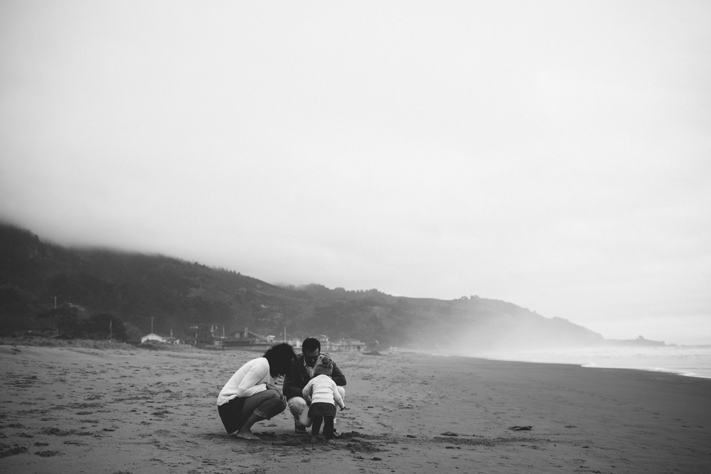 Stinson Beach Family Documentary Rachelle Derouin Photography-46.jpg