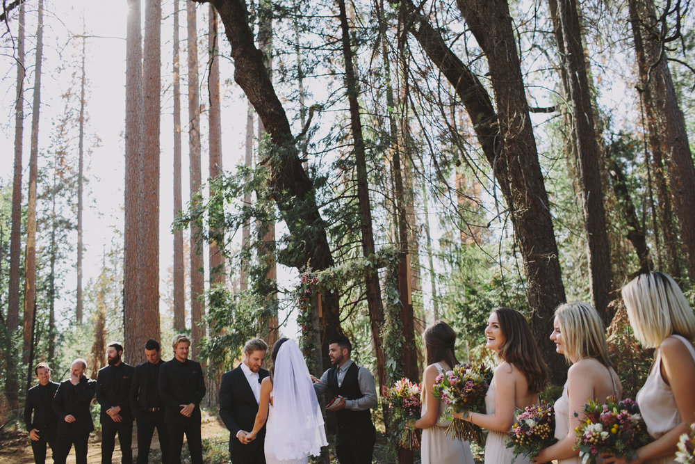 Yosemite Wedding Rachelle Derouin Photographer-44.jpg