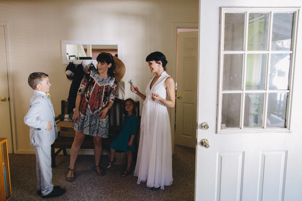 Sebastopol Backyard Wedding Rachelle Derouin Photographer-10.jpg