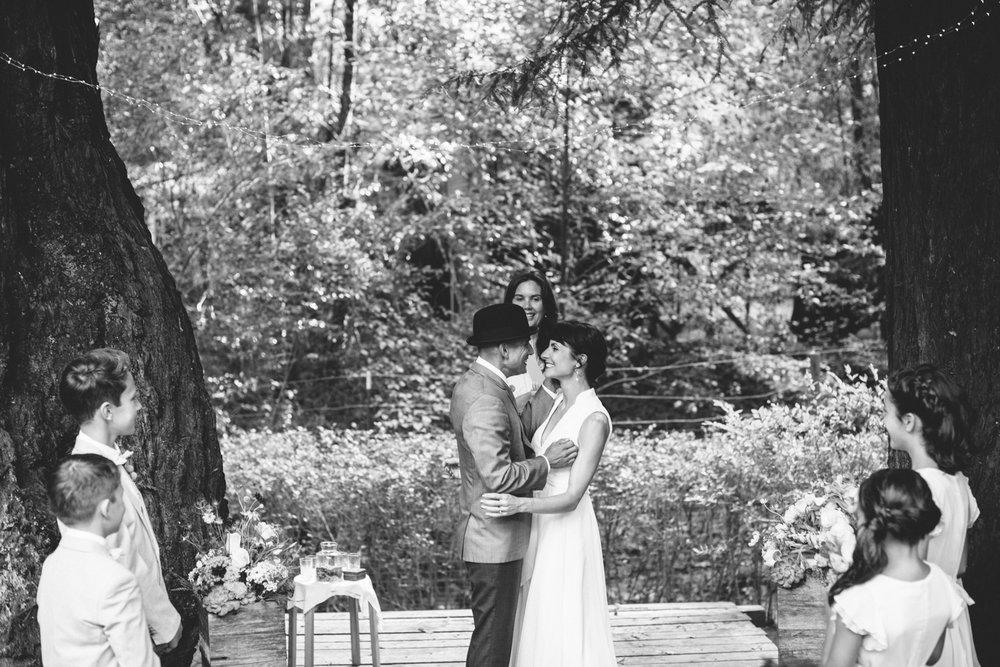 Sebastopol Backyard Wedding Rachelle Derouin Photographer-37.jpg