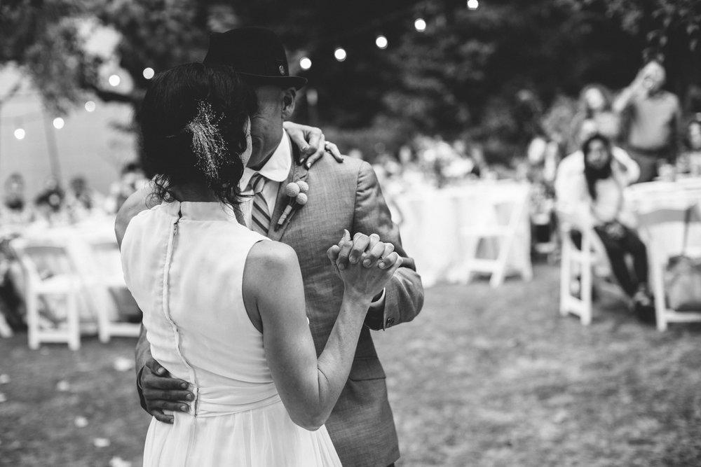 Sebastopol Backyard Wedding Rachelle Derouin Photographer-62.jpg