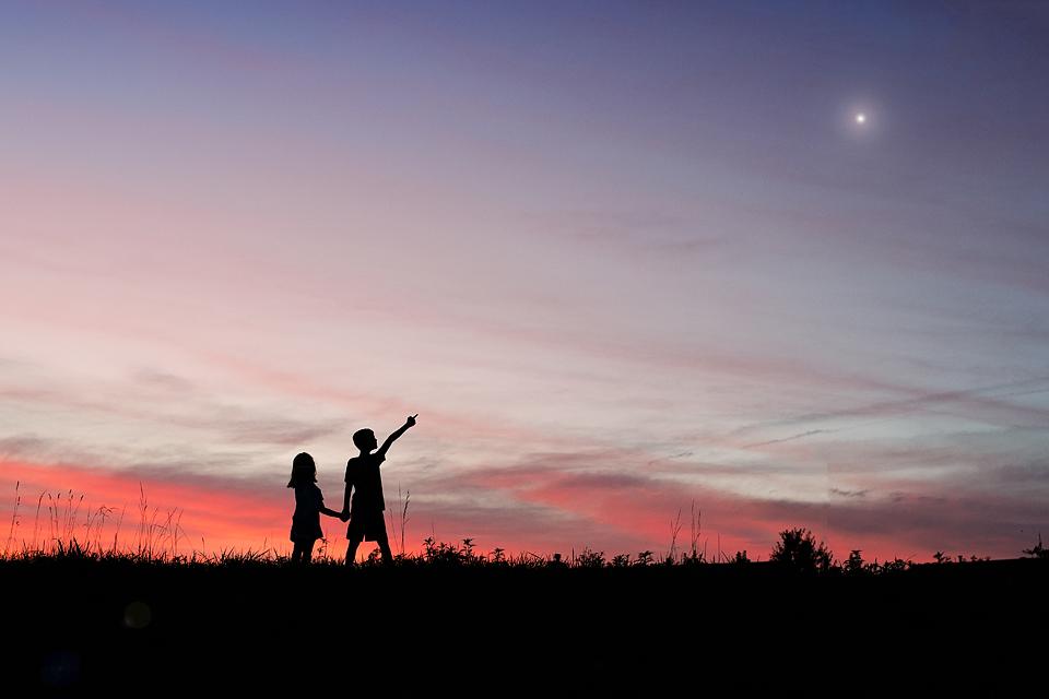 sunset children family photographer Wentzville Missouri