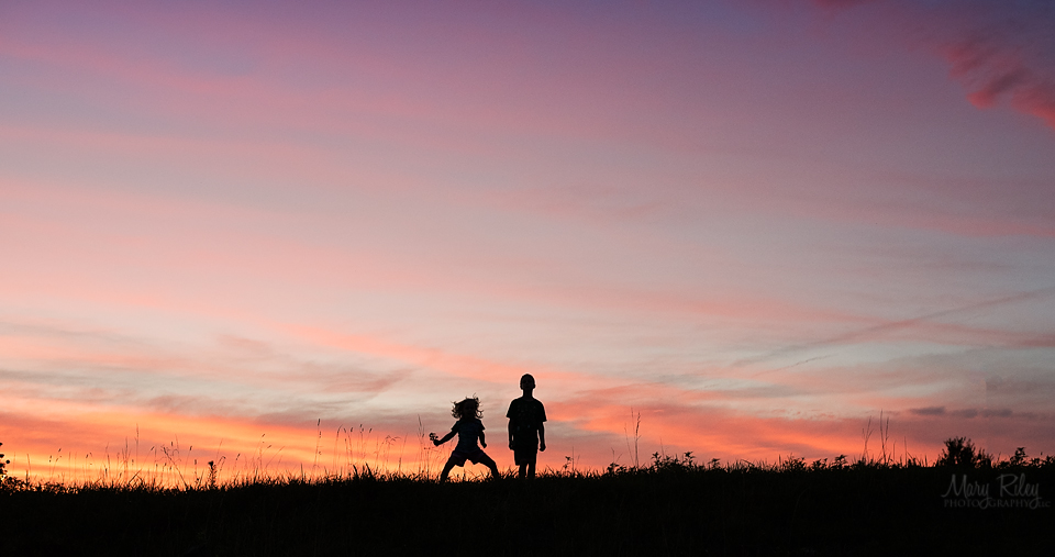 Sunset Children Family Photographer Silhouette St. Louis Missouri