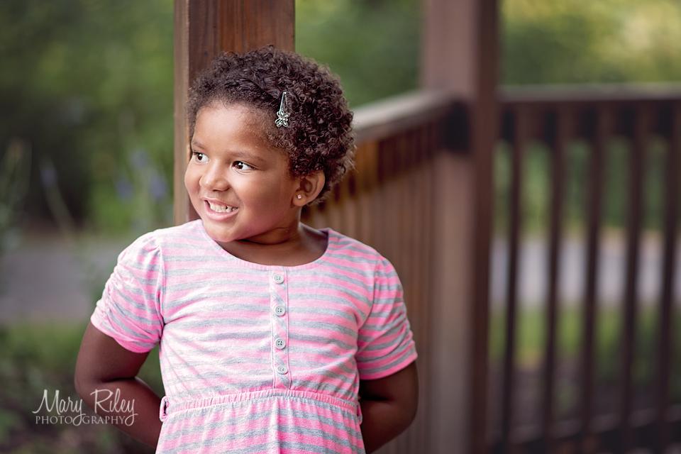 child, family photographer, St. Louis, Quail Ridge Park