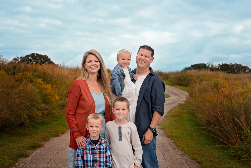 Fall Photo Family Quail Ridge Park Wentzville Missouri