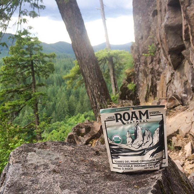While not as big or majestic as the Torres del Paine, these cliffs will do just fine for a little afternoon climbing. Snag some Roam Oatmeal for your next trip! #wakeupandroam ⠀⠀⠀⠀⠀⠀⠀⠀⠀ #rockcreekcliff #pnwonderland #climbing #pnwclimbing #madeinoregon #buylocal
