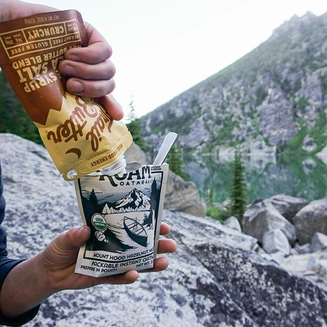 While we love our oatmeal as is, sometimes it's nice to mix it up. A little @trailbutter on top makes for an extra tasty treat. We took some on our recent trip to the Enchantments and did not regret it. #wakeupandroam ⠀⠀⠀⠀⠀⠀⠀⠀⠀ #enchantments #washington #northcascades #colchucklake #hiking #backpacking #trailready #betrailready