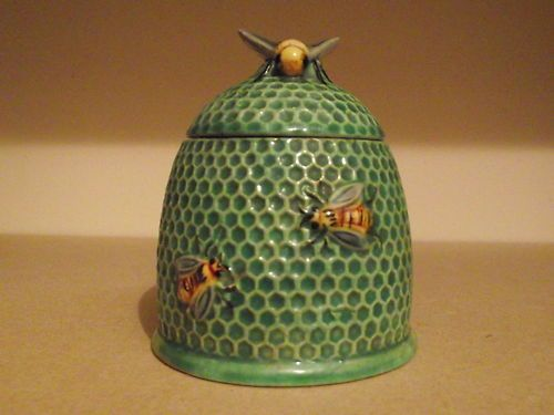 beehive honey jar vintage