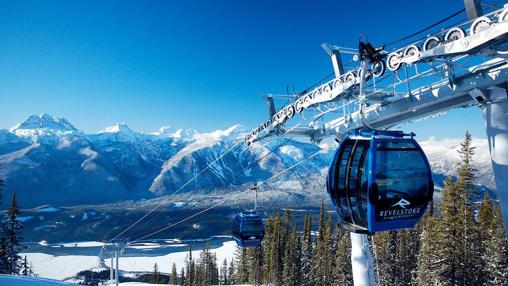 SnowJam_Revelstoke_Gondola.jpg