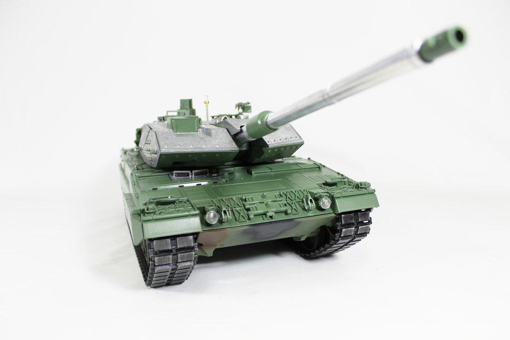 Taigen Leopard 2A6 010.jpg