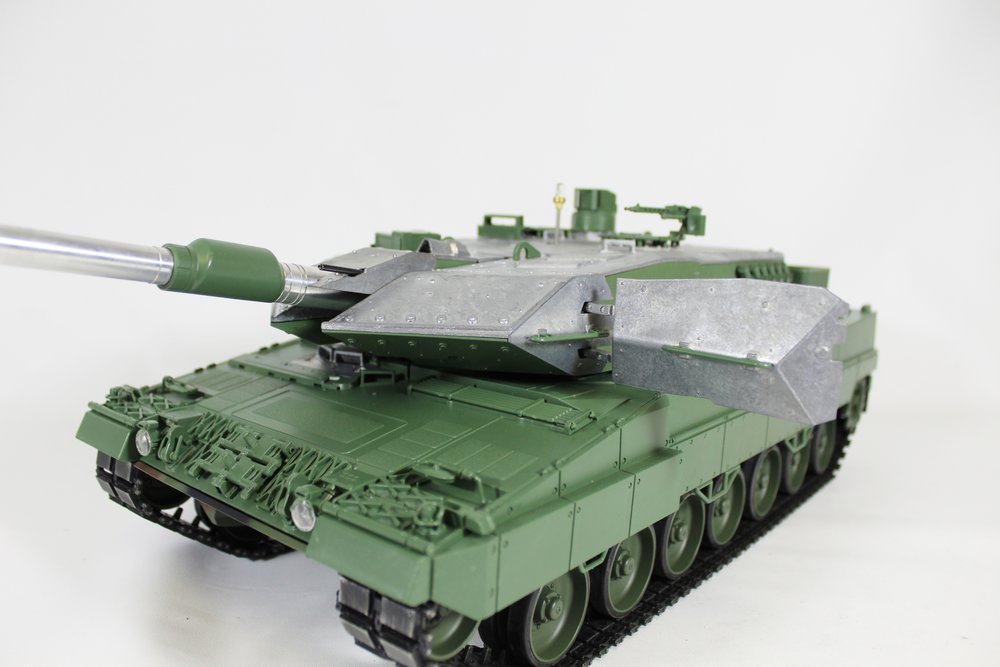Taigen Leopard 2A6 013.jpg