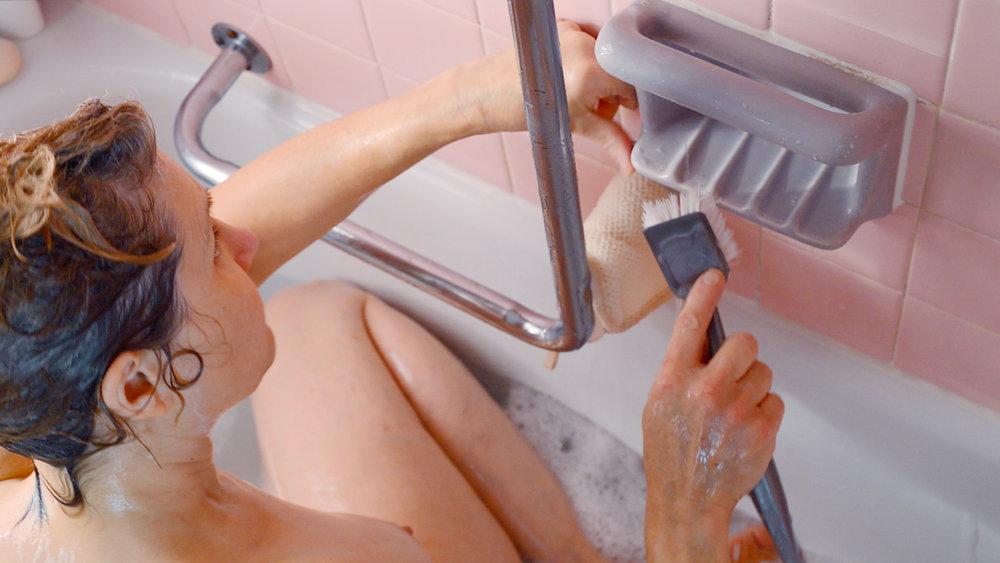 scrubbing_soap_dish.jpg