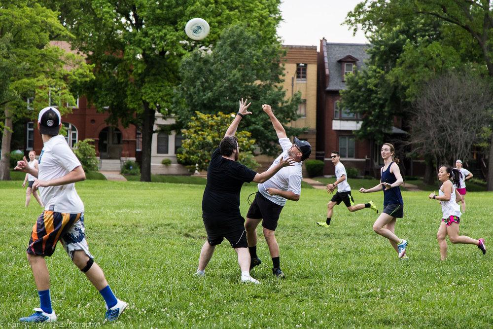 Frisbee Game-6.jpg