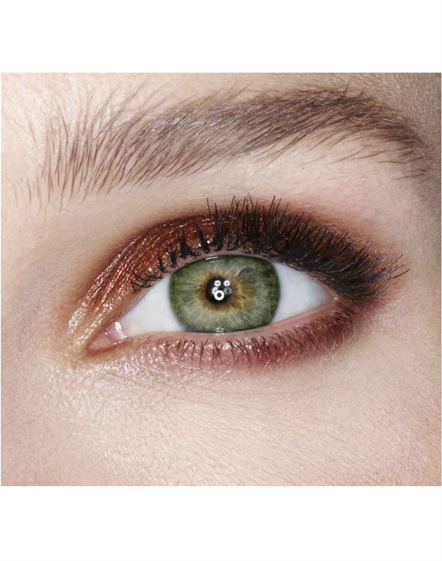 the best makeup for green eyes — via thea | austin, texas