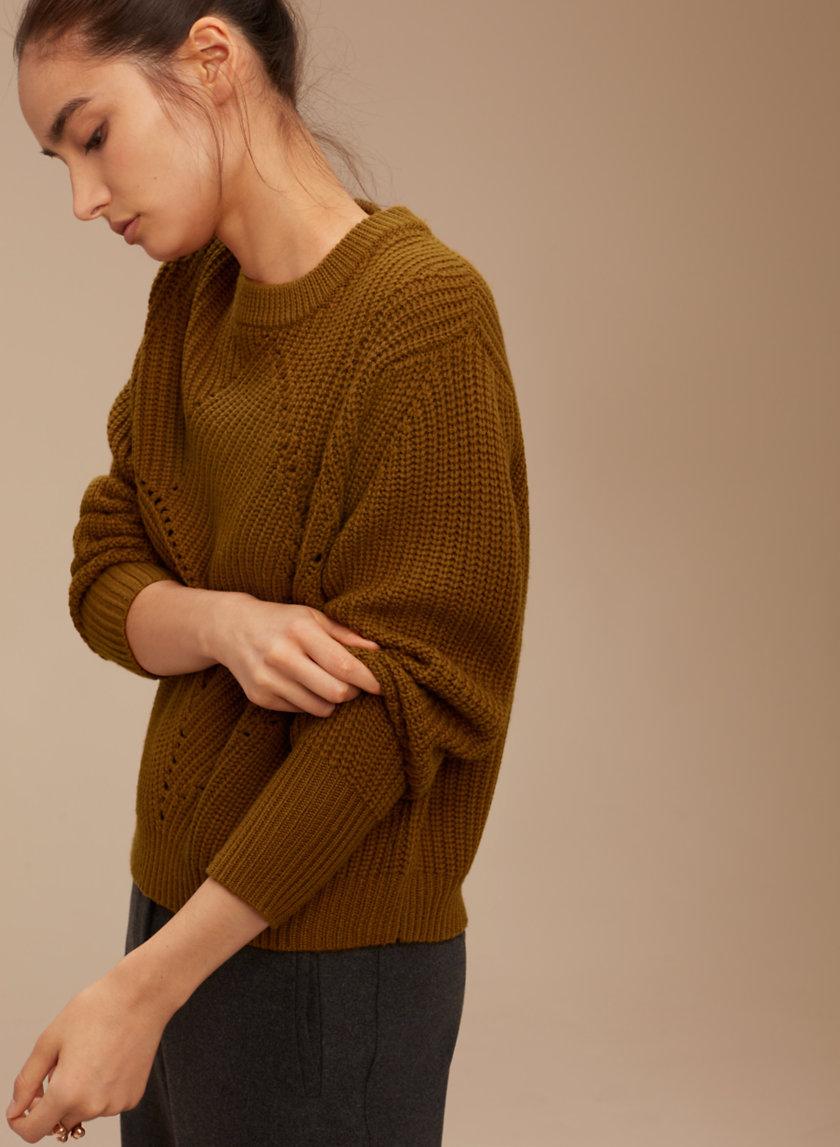 aritzia-serment-sweater