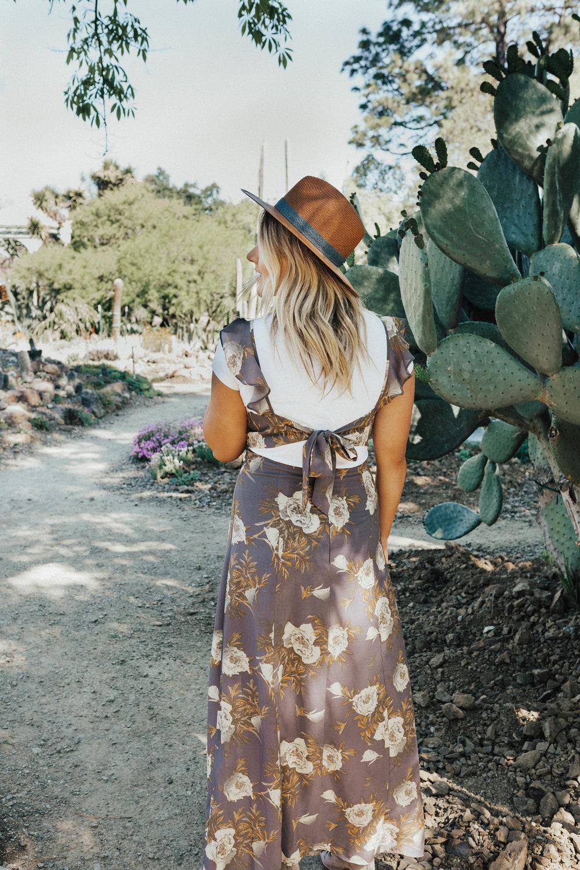 via thea cactus garden