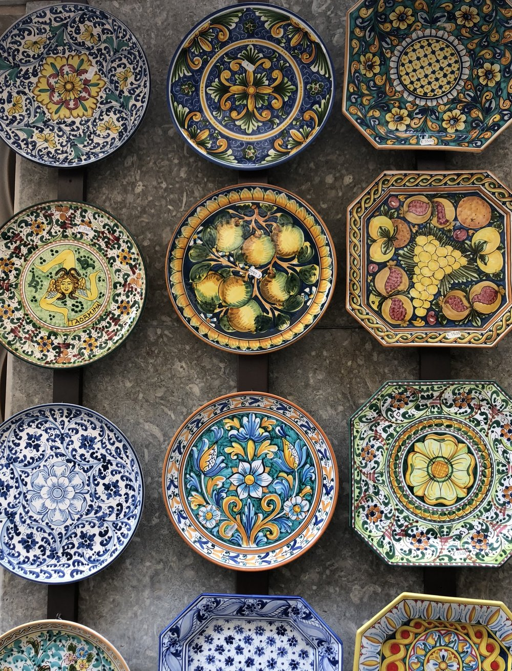 Plate for sale in Taormina