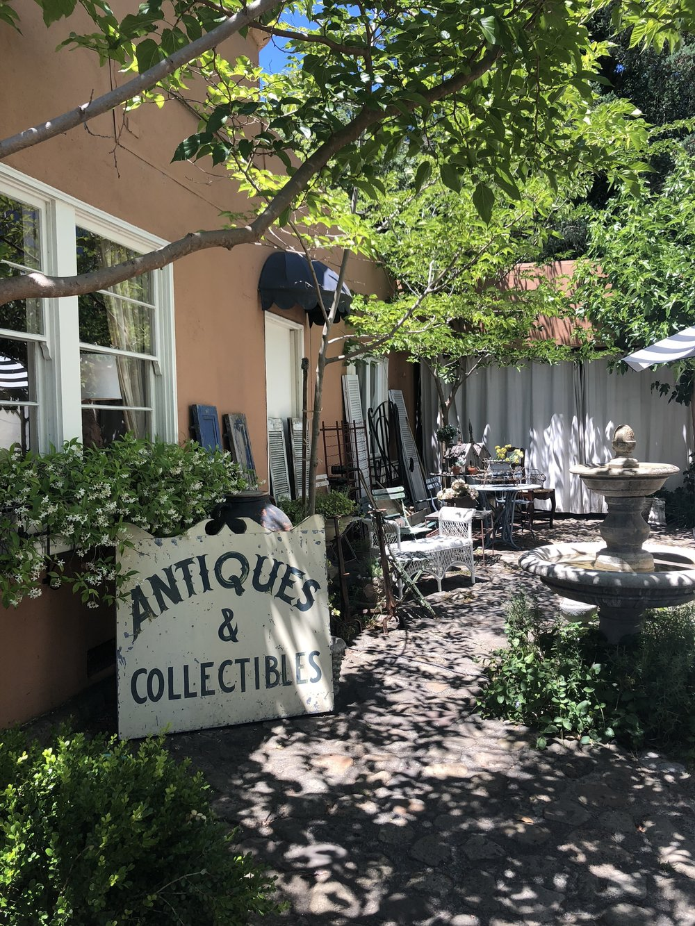 We did a little shopping before heading home. Lincoln Street, the downtown drag of Calistoga, has some great antique stores.
