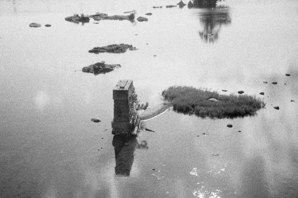 Thomson Dryjanski Pillar in river, 2012 Archival inkjet print, framed 8.5 x 11 inches