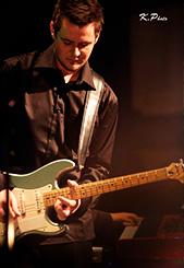 Pierre-Alexandre Viens, Professeur de guitare, basse, band et théorie musicale
