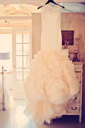 Vera Wang Gown, Haiku Mill Wedding, Maui Wedding